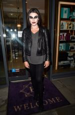 FAYE BROOKES Leaves Evelyn House of Hair and Beauty in Manchester 10/28/2017
