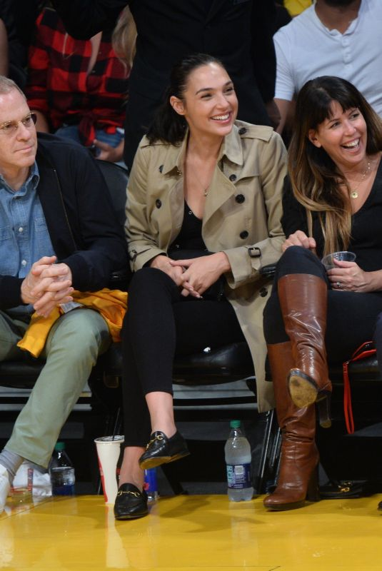 GAL GADOT at Lakers vs. Clippers Game in Los Angeles 10/19/2017