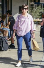 GINNIFER GOODWIN Out Shopping in Los Angeles 10/20/2017