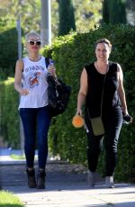 GWEN STEFANI Out and About in West Hollywood 10/25/2017