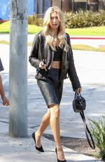 HAILEY BALDWIN Out in Beverly Hills 10/17/2017