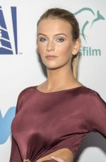 JADE ALBANY at 6th Annual Australians in Film Award and Benefit Dinner in Los Angeles 10/18/2017