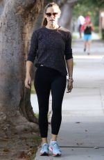 JENNIFER GARNER Out and About in Brentwood 10/09/2017