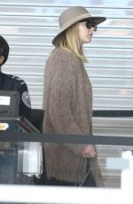 JENNIFER LAWRENCE at JFK Airport in New York 10/01/2017