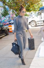 JENNIFER LOPEZ Arrives at a Studio in New York 10/19/2017