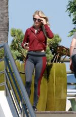 JULIANNE HOUGH Out for Lunch at Tender Greens in Burbank 10/11/2017