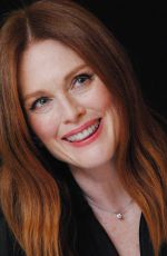 JULIANNE MOORE at Kngsman: The Golden Circle Press Conference in London 10/20/2017
