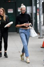 KARLIE KLOSS Leaves Her Apartment in New York 10/26/2017