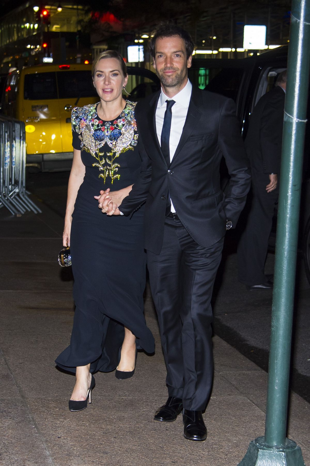 Orlaith Mcallister Shower Complete kate winslet and ned rocknroll out in new york 10/14/2017 - hawtcelebs