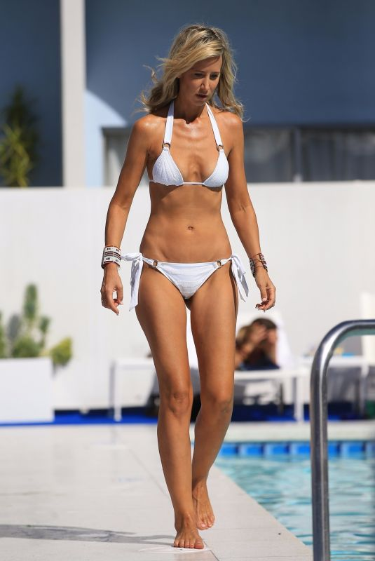 LADY VICTORIA HERVEY in Bikini at a Hotel Pool in West Hollywood 10/11/2017