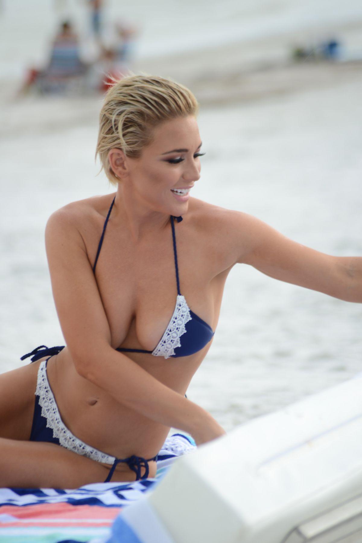 Lauren Hubbard Nude Photos 72