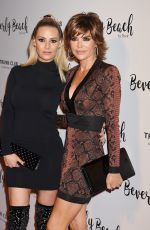 LISA RINNA at Dorit Kemsley Hosts Preview Event for Beverly Beach by Dorit in Culver City 10/21/2017
