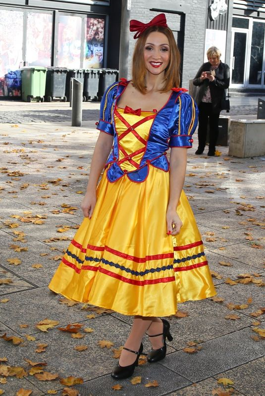 LUCY JO HUDSON at Snow White and the Seven Dwarfs Pantomime Photocall at St Helen