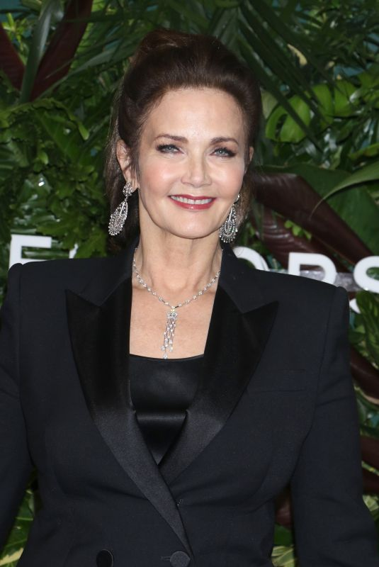 LYNDA CARTER at God's Love We Deliver, Golden Heart Awards in New York 10/16/2017