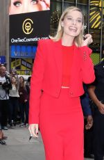 MARGOT ROBBIE Arrives at Good Morning America in New York 10/11/2017