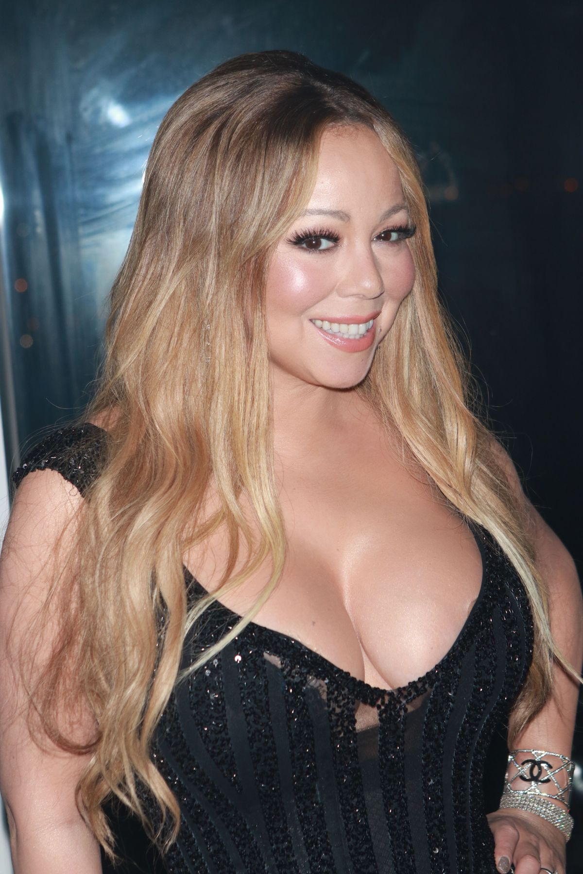 mariah carey Mariah carey just shared a photo of her bad side on social media  mariah  carey reveals 7-year-old son ordered a dog online after spending $5,000.