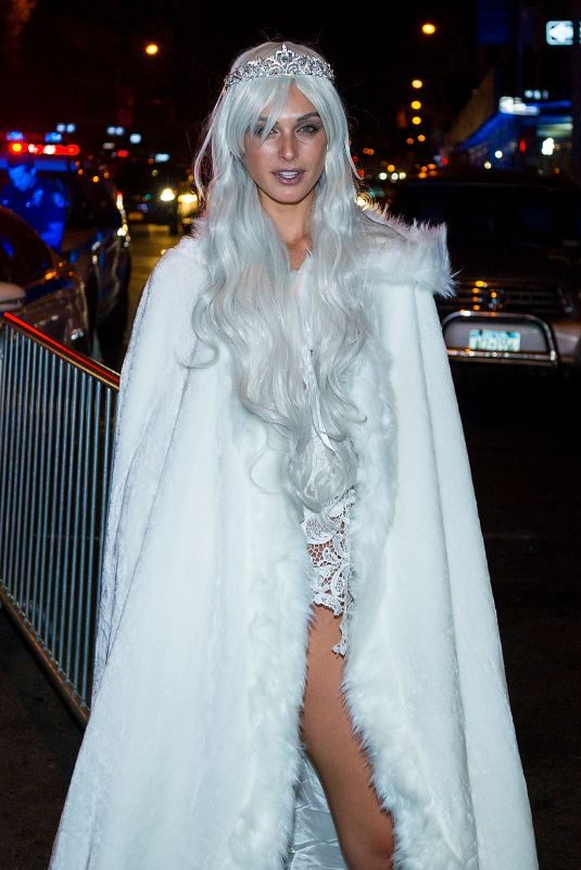 MARIAH STRONGIN Arrives at a Halloween Party in New York 10/28/2017