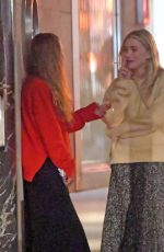 MARY-KATE and ASHLEY OLSEN Take a Smoke Break in New York 10/03/2017