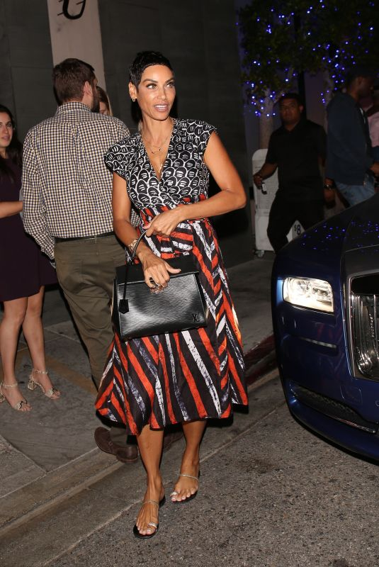 NICOLE MURPHY Out for Dinner at Nobu in Los Angeles 10/04/2017
