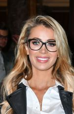 OLIVIA ATTWOOD at Spectacle Wearer of the Year in London 10/10/2017