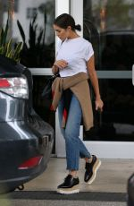 OLIVIA CULPO Leaves Confidante Hotel in Miami 10/22/2017