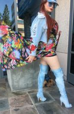 PHOEBE PRICE Out for Lunch in Beverly Hills 10/09/2017
