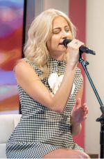PIXIE LOTT at Lorraine Show in London 10/23/2017