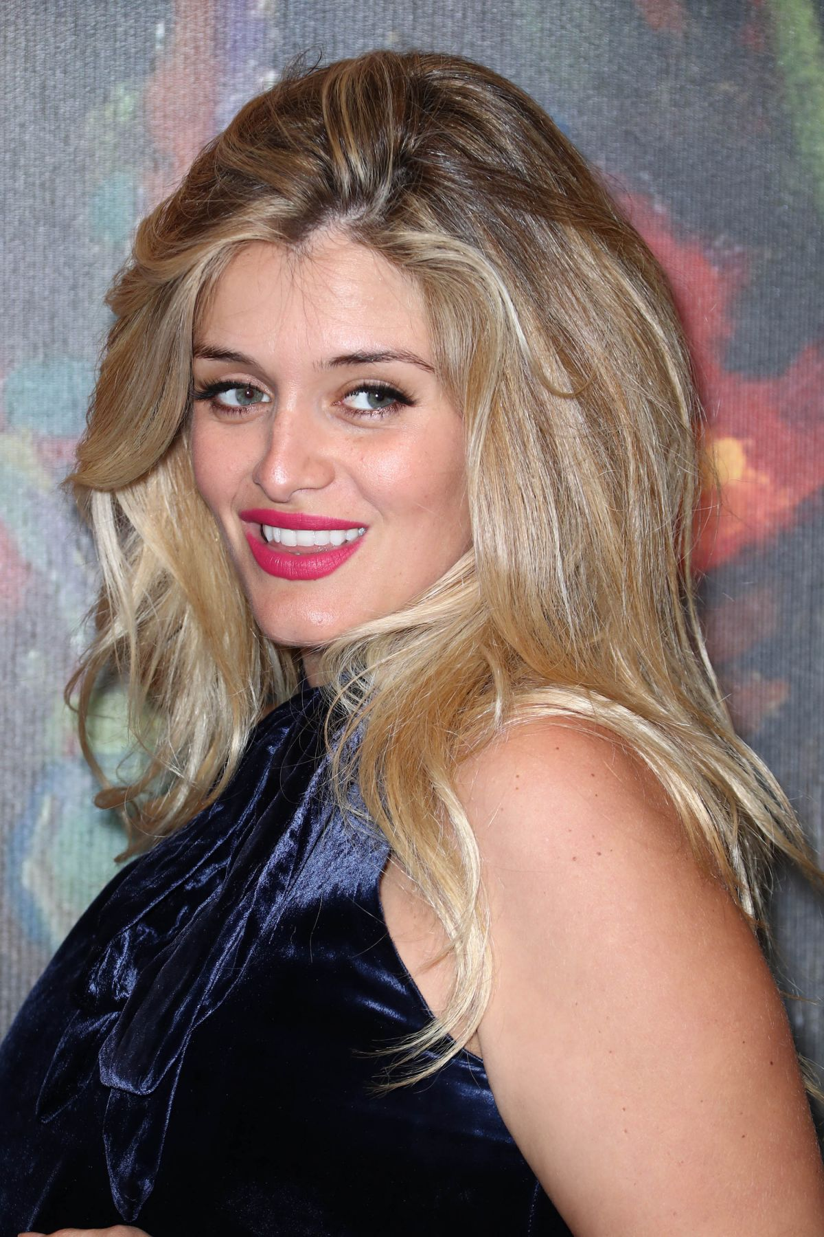 Daphne Oz: Take Home a Nude Annual Auction and Dinner -03