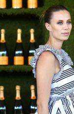 Pregnant ELIZABETH MINETT at 8th Annual Veuve Clicquot Polo Classic in Los Angeles 10/14/2017