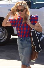 REESE WITHERSPOON Arrives at a Meeting in Santa Monica 10/17/2017