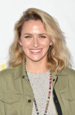 SHANTEL VANSANTEN at 28th Annual A Time for Heroes Family Festival in Culver City 10/29/2017