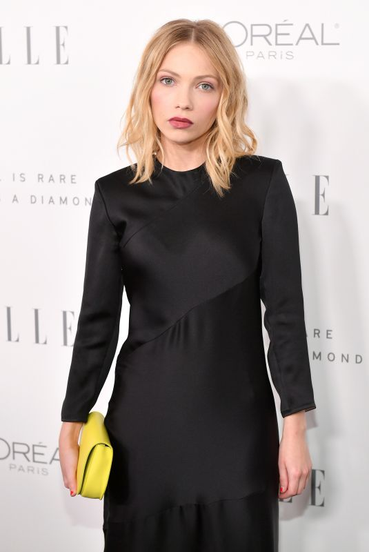 TAVI GEVINSON at Elle Women in Hollywood Awards in Los Angeles 10/16/2017