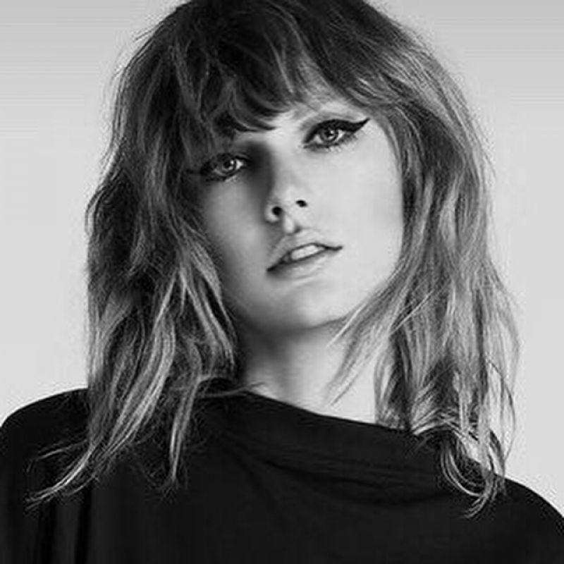 TAYLOR SWIFT for Her S... Taylor Swift Reputation