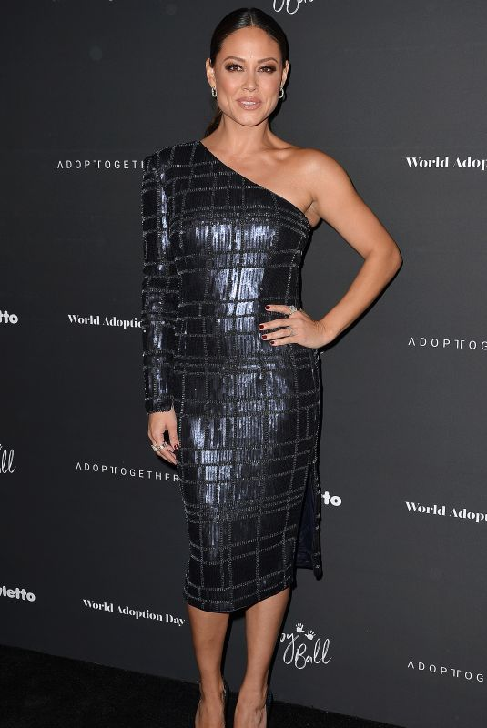 VANESSA LACHEY at Adopt Together Holds Annual Baby Ball Hosted by Vanessa Lachey and Curtis Stone 10/21/2017