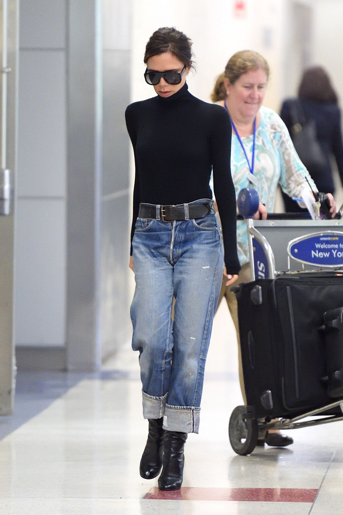 victoria beckham in jeans at jfk airport in new york 10 11 2017 hawtcelebs hawtcelebs. Black Bedroom Furniture Sets. Home Design Ideas