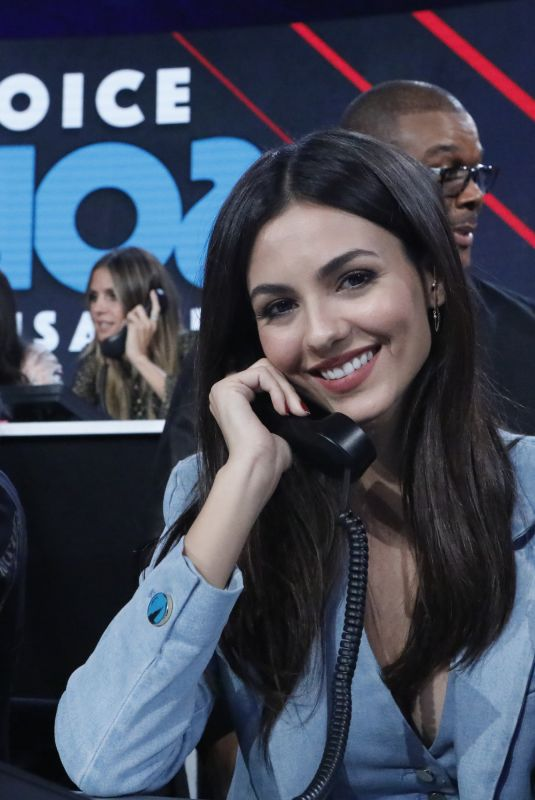 VICTORIA JUSTICE at One Coice: Somos Live! a Concert for Disaster Relief in Los Angeles 10/14/2017
