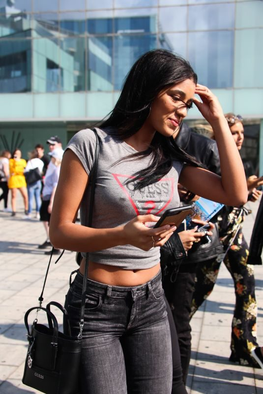 YOVANNA VENTURA Out and About in Barcelona 10/09/2017