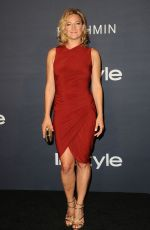 ZOE BELL at 2017 Instyle Awards in Los Angeles 10/23/2017