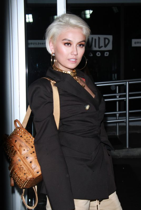 AGNEZ MO at Build Series in New York 11/07/2017