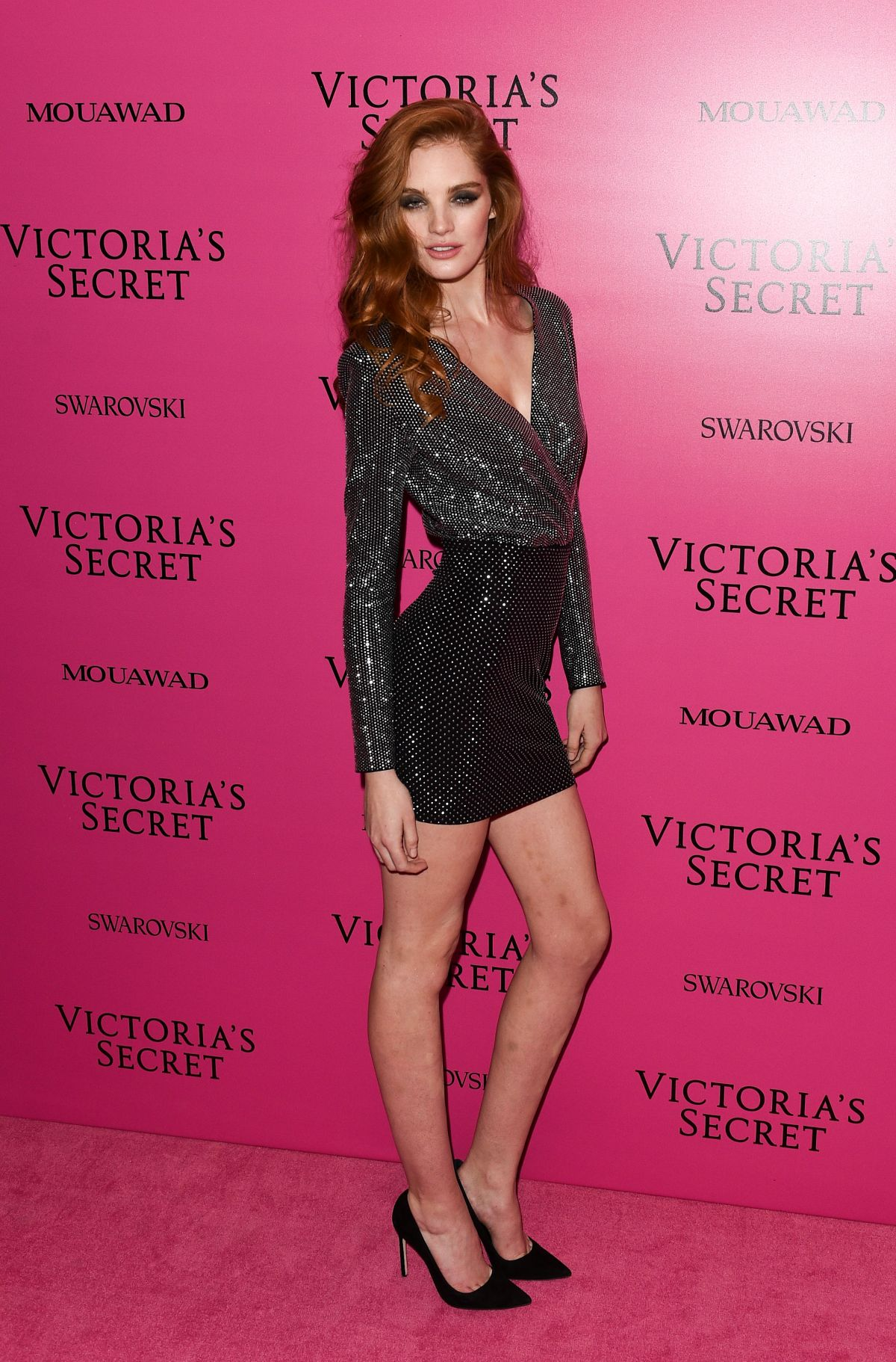 Models hit the pink carpet for the 2017 Victoria s Secret 84