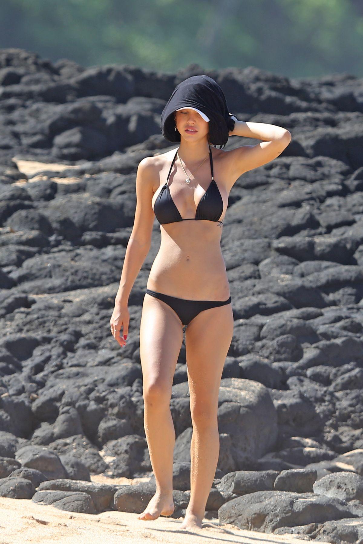 Bikini Alexis Ren nude (75 foto and video), Topless, Paparazzi, Twitter, panties 2019