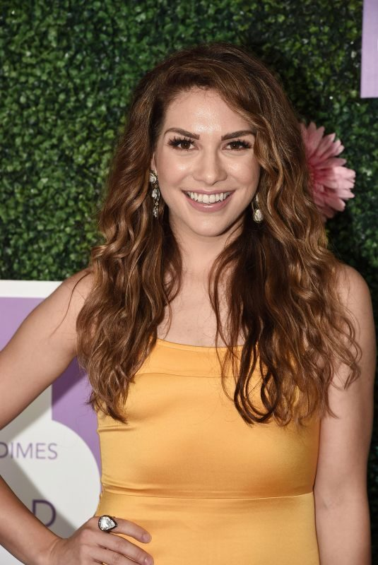 ALLISON HOLKER at March of Dimes: Imagine a World Premiere at LA Live: Microsoft Square in Los Angeles 11/09/2017