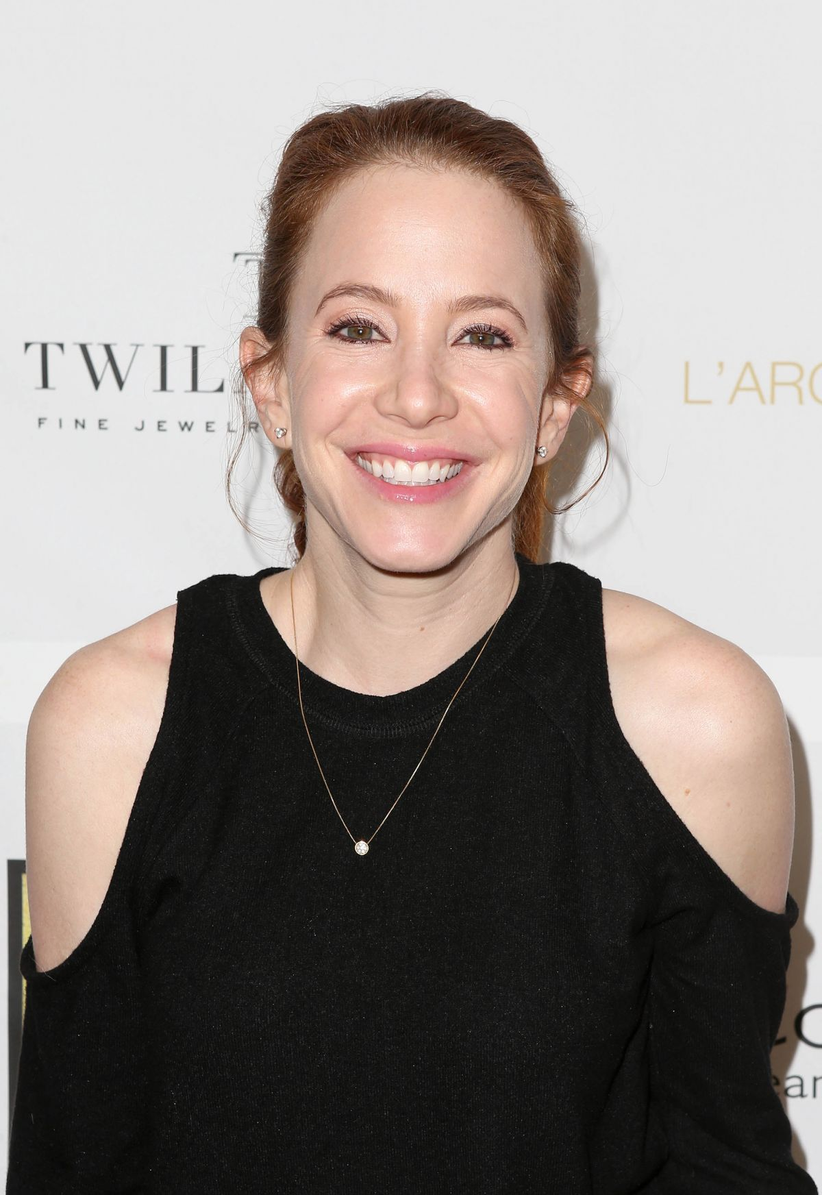 Amy Davidson At Partypoppost At Peninsula In Beverly Hills