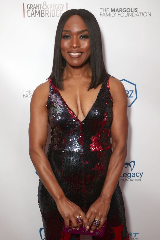 ANGELA BASSETT at 10th Annual Carry Gala in Los Angeles 11/17/2017