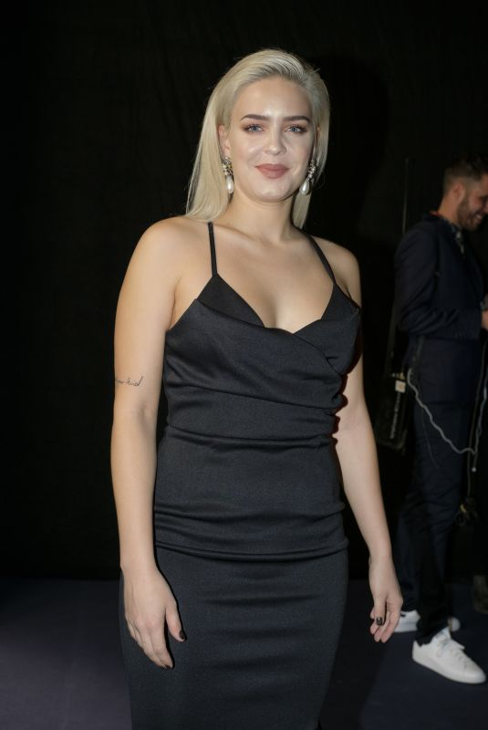ANNE MARIE at 2017 Principales Music Awards in Madrid 11/11/2017