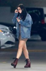 ARIEL WINTER Leaves a Medical Building in Sherman Oaks 11/27/2017
