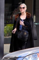 ASHLEE SIMPSON Leaves a Gym in Los Angeles 11/14/2017