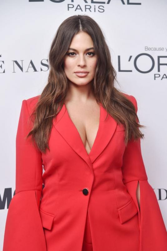 ASHLEY GRAHAM at Glamour Women of the Year Summit in New York 11/13/2017