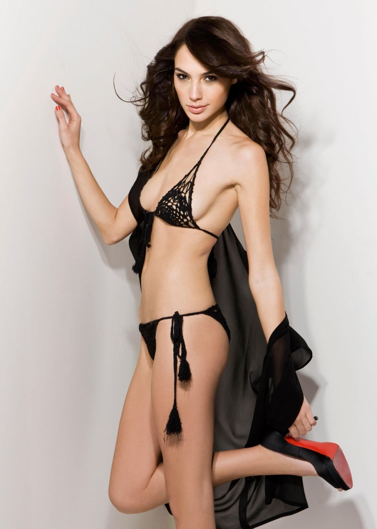 Leaked Erotica Gal Gadot naked photo 2017