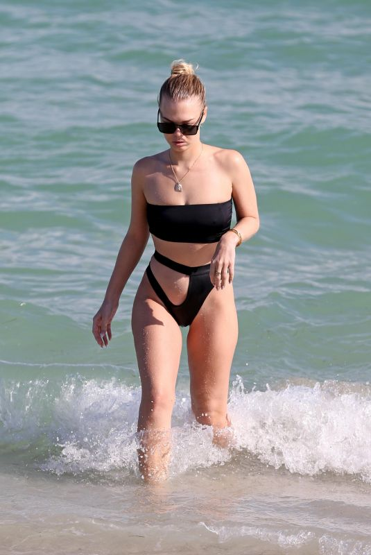 BIANCA ELOUISE in Bikini at a Beach in Miami 11/18/2017